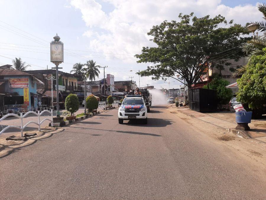 Penyemprotan Disinfektan Masiv Skala Besar di Jalanan Cegah Penyebaran Covid-19