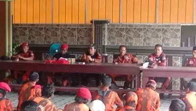 Ketua MPC PP Rohul Tunjuk Adha Sebagai Dankoti Mahati Dana