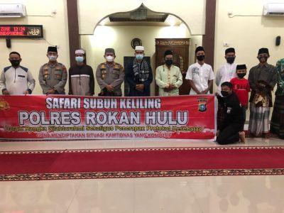Safari Subuh di Sialang Jaya, Kapolres Rohul Sampaikan Langkah Strategis Pencegahan Covid-19
