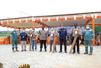 Sukses Tangani Tumpahan Minyak Blok West Kampar, SPR Langgak Salurkan Bantuan Untuk Masyarakat