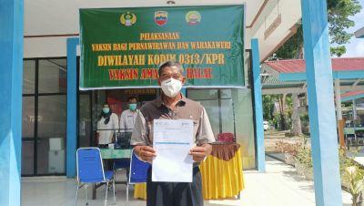 Warakawuri, Purnawirawan TNI dan Istri Prajurit Terima Vaksin AstraZeneca